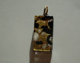 1 large worked gold/black/white Murano glass pendant
