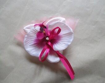 Brooch-wedding - fuchsia and white boutonniere