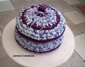 Storage with lid basket crocheted violet