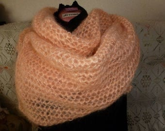 shawl or scarf in mohair, warm and very light, made in a pattern to the needles