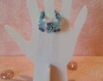 Ring beaded - blue checkerboard