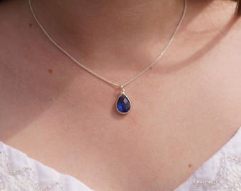 Necklace little blue Medallion