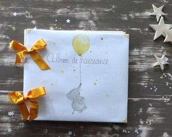 The yellow Elephant Baby Book
