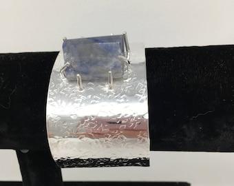 Blue stone textured bracelet
