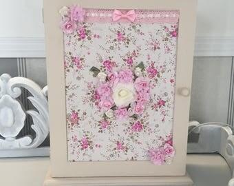 Shabby Chic bow key box key 28 x 6 x 30 beige pink Decopatch Liberty flowers bead