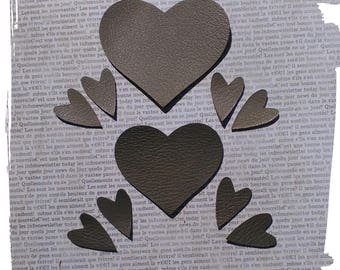 10 hearts in leather taupe light and dark, 7 and 2 cm