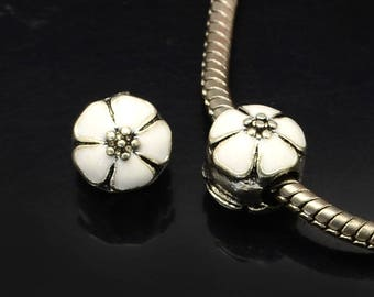2 Charms enamel flower beads
