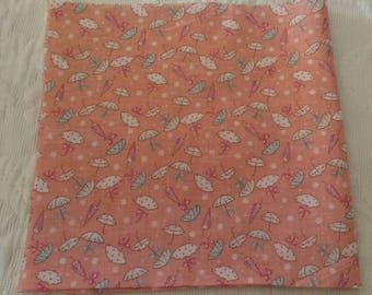 "Pink printed fabric / pattern ""little umbrellas"" / 50 X 50 cm"