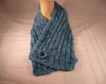 lagoon blue short wrap Choker with a brooch