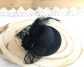 FASCINATOR hair clip Black Hat