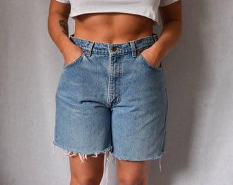 """Levis Vintage High Waist Bermuda Cutoff Denim Shorts Waist 34"""""""