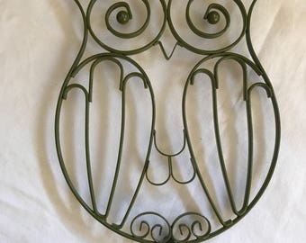 Owl Trivet made from wire