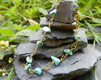 "Bracelet ""Amel"" natural turquoise and Golden"