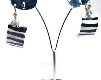 Earring dangle Art Deco jewelry trend fashion