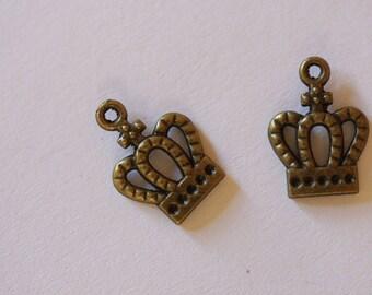 ❥ bronze metal Crown charm pendant