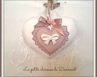 Heart shabby with bow