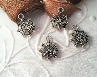 5 small cobwebs, antique silver charms pendants