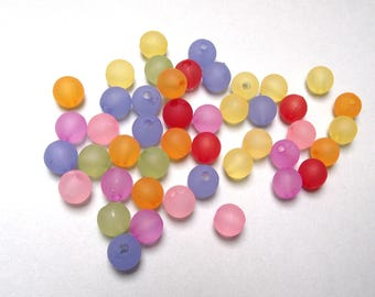 50 multicolored 8 mm frosted acrylic beads.