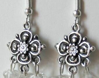 Earrings dangle rock crystal chips