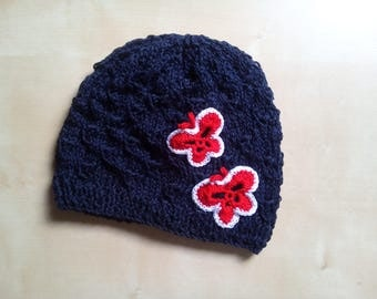 Hat with cotton for little girls with decorative pattern