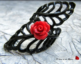 baroque black and red rose ring