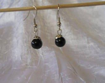 Black Magic pearls earrings