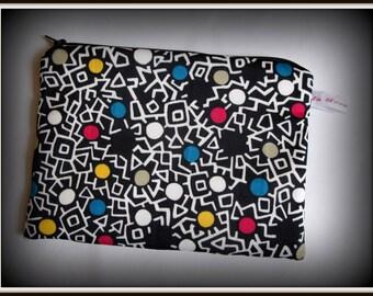 "vintage ""essential"" zip clutch shape geometric polka dots"
