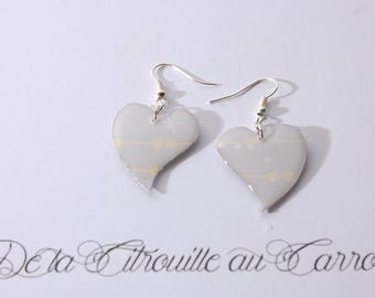 Light gray and pale yellow heart earrings