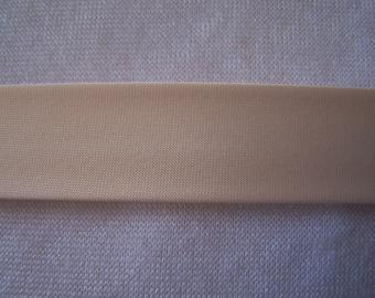 Off white satin bias, width 40/20 mm (S005)