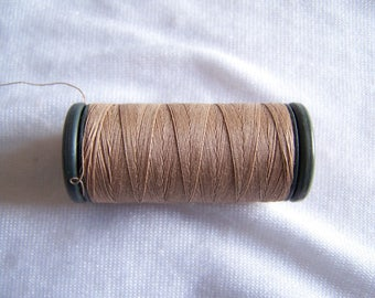 Spool of threads, DMC, ginger, special sewing machine (4314)