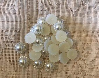 10 pcs ivory pearl 12mm flatbacks