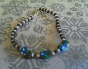 trendy, original and colorful Bracelet (Brown and multicolor)