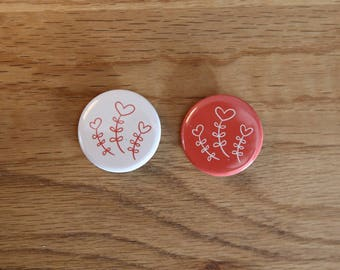 Pair of Badges - Heart & flowers - 32 mm - button badges