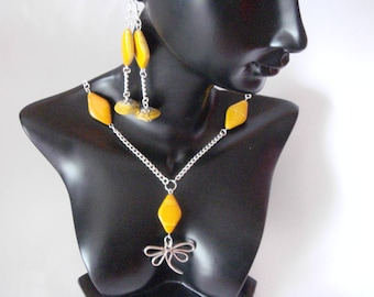 adornment necklace and earrings dragonfly
