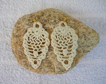 Very fine ecru cotton, women's fashion crochet earrings