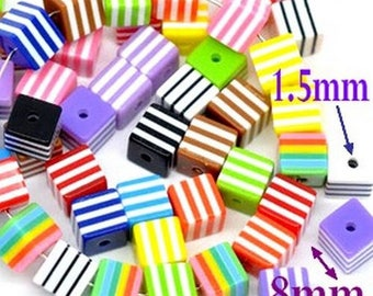 Wholesale lot of 100 Silver resin beads, striped 8mm
