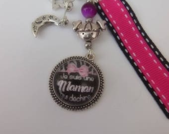 """Keychain """"in the stars""""I'm a MOM who rocks""""pink bow"""