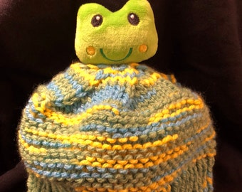 Knitted Child's Animal Hat (Frog)