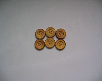 Set of 6 round buttons 4 hole wood