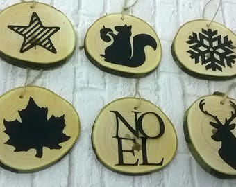 Set of 6 ornaments for Christmas: wooden wheels decorated