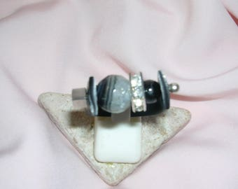 Rubber ring and Agate and Onyx gemstones - upgrade size