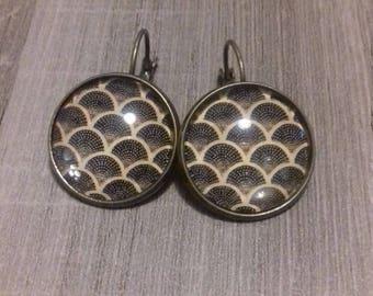 Japanese pattern cabochon earrings