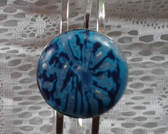 Blue cabochon bracelet in polymer clay