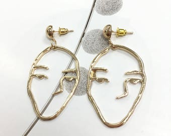 Abstract earrings,People face earrings,Gold face earrings,Fashion gold earrings,Alternative earrings