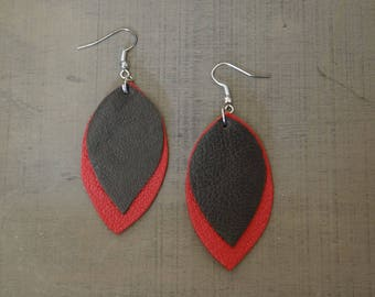 Leather leaves earrings