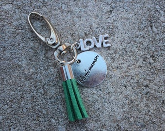"Keychain Locket grigri ""thank you MOM"" with green tassel charm and tree LOVE"