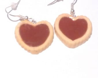 earring pie fimo heart with chocolate sauce