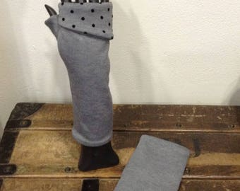 Back Gray fingerless gloves gray black polka dots