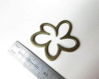 A big bronze flower