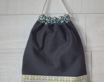 Lingerie bag / pouch (number 143) Blue & yellow